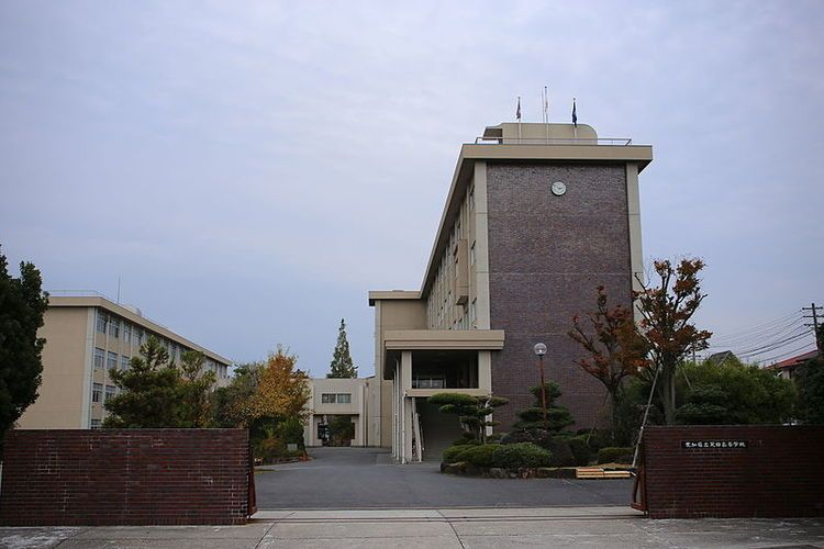 天白高等学校画像