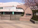 新潟大学教育学部附属新潟中学校外観画像