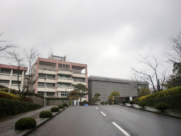 明桜館高等学校画像
