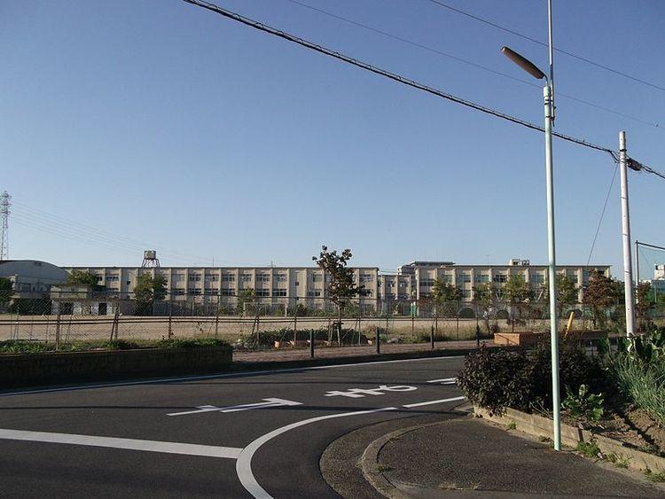 中川商業高等学校画像