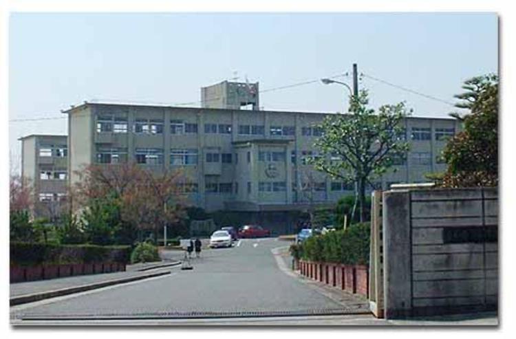 東浦高等学校画像