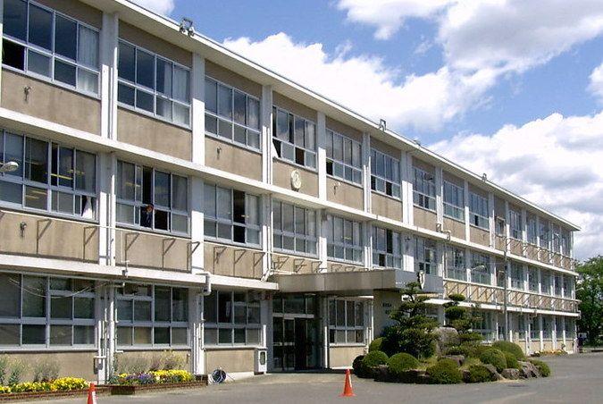 加茂高等学校外観画像