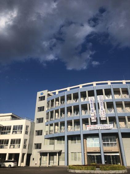 岐阜総合学園高等学校画像