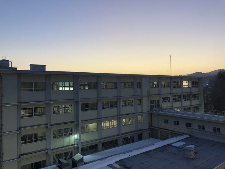 斐太高等学校画像