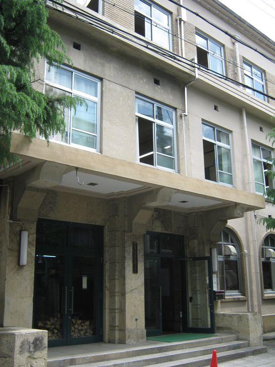 京都市立銅駝美術工芸高等学校画像