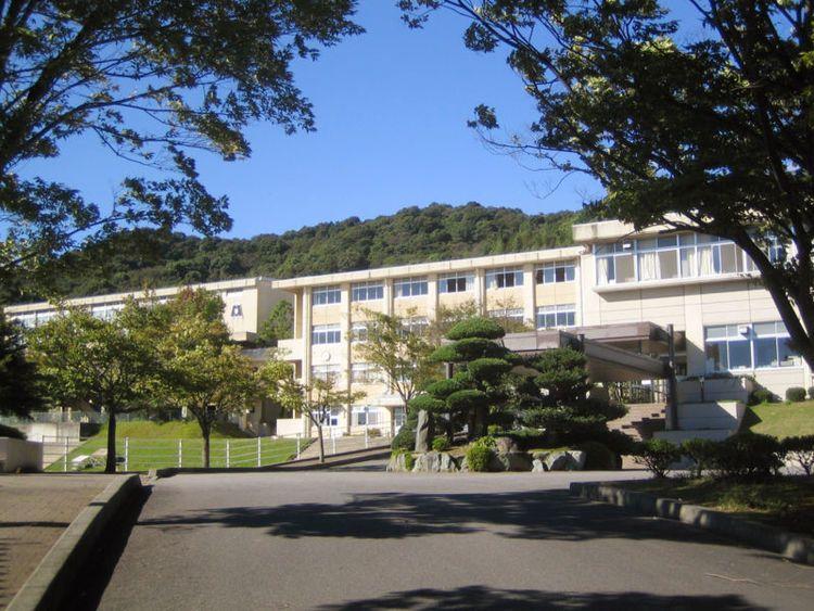 御津高等学校画像