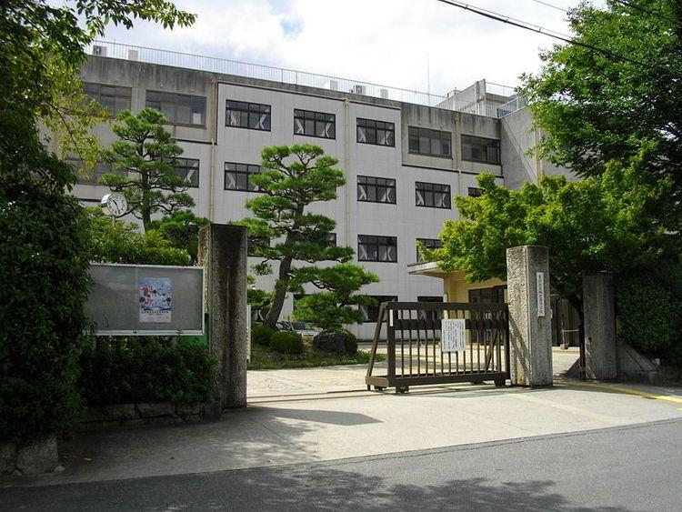 桃山高等学校画像