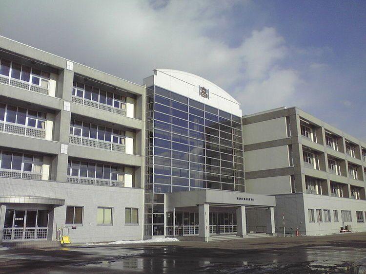 青森高等学校画像