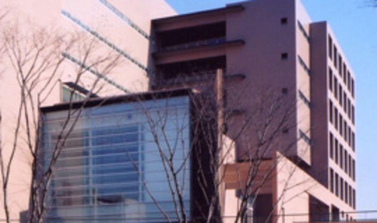 東京外国語大学画像
