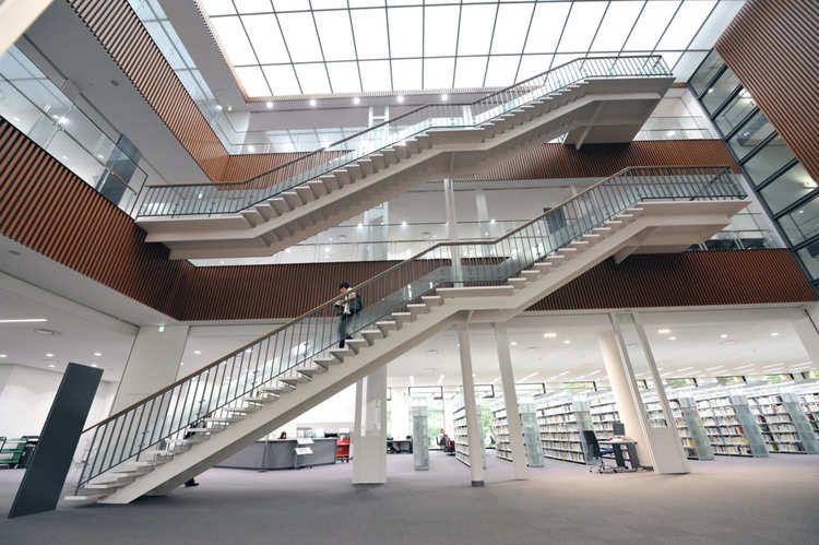 青山学院大学画像