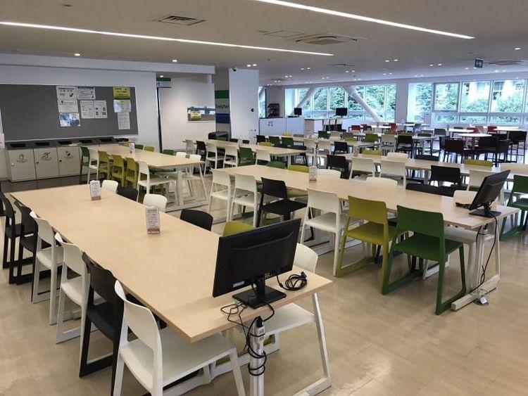亜細亜大学画像
