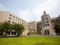 聖路加国際大学