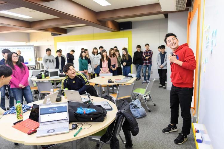 横浜商科大学画像