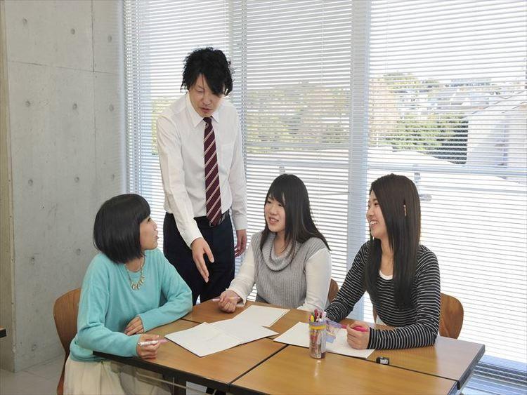 静岡英和学院大学画像