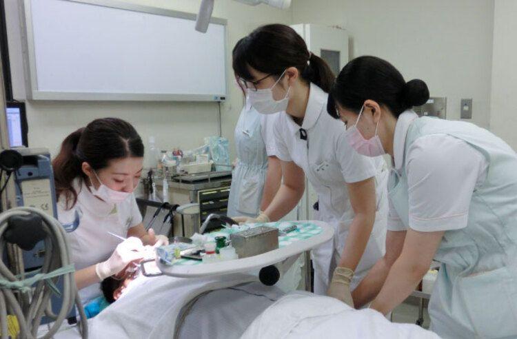 北海道歯科衛生士専門学校画像