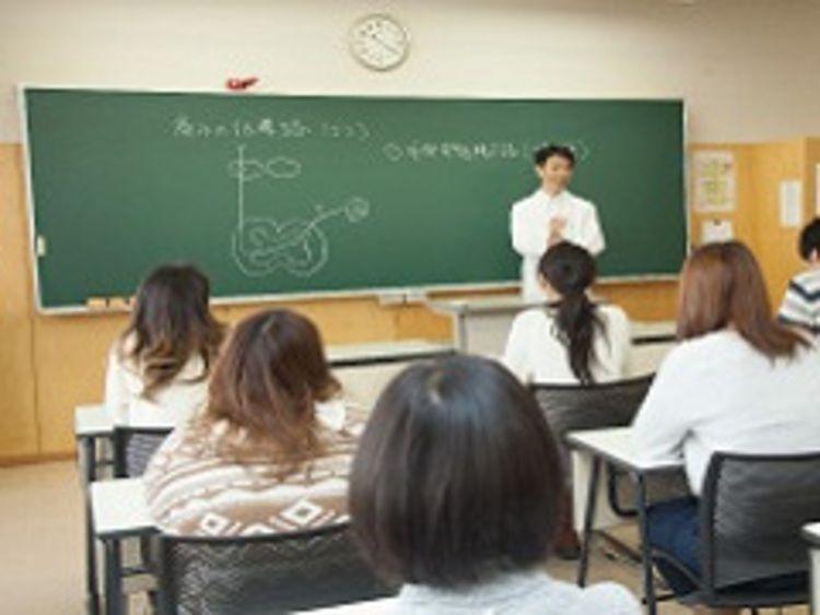 札幌青葉鍼灸柔整専門学校画像