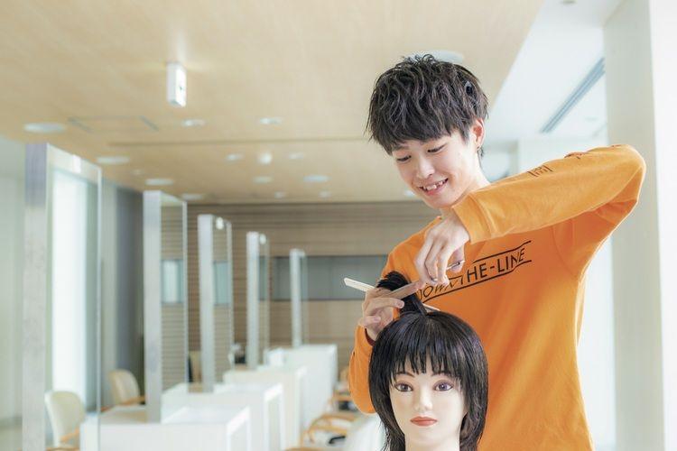 北海道美容専門学校画像