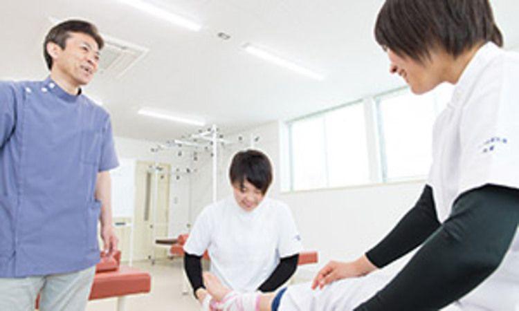 八戸保健医療専門学校画像