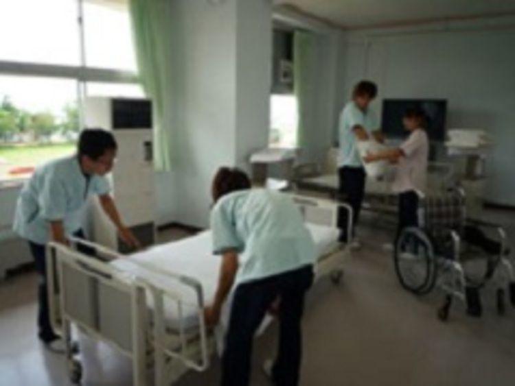 仁愛看護福祉専門学校画像