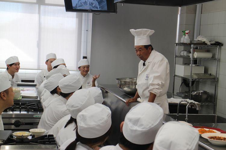 日本調理技術専門学校画像