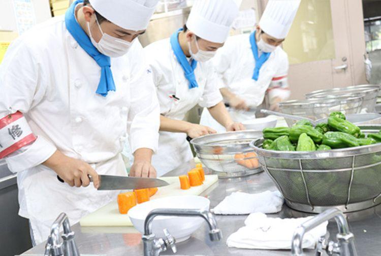 つくば栄養医療調理製菓専門学校画像