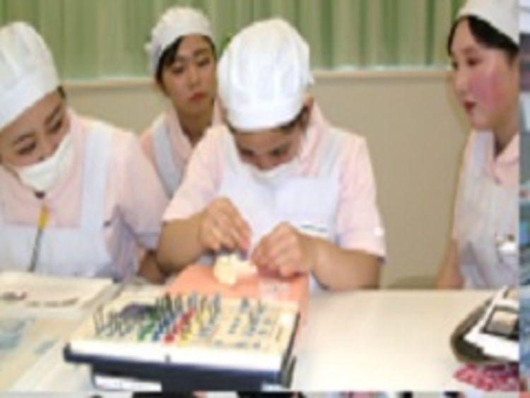 宇都宮歯科衛生士専門学校画像