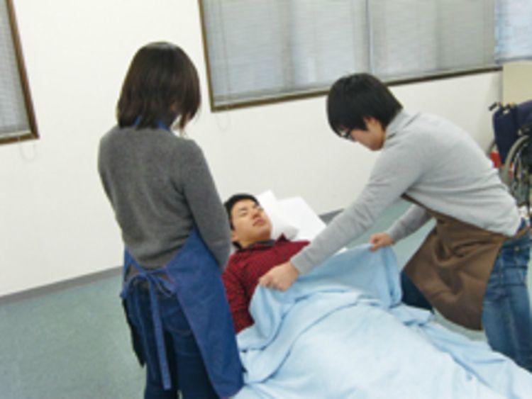 専門学校高崎福祉医療カレッジ画像