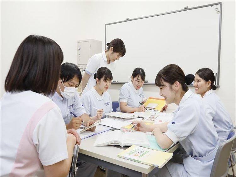 伊勢崎敬愛看護学院画像