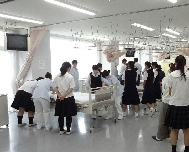 渋川看護専門学校画像