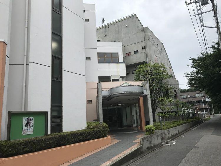 埼玉県理容美容専門学校画像
