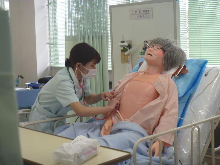 二葉看護学院画像