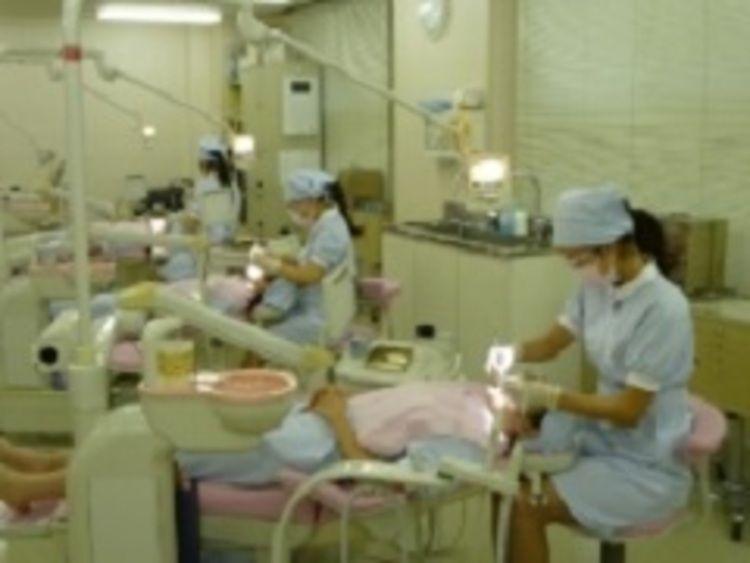 日本大学歯学部附属歯科衛生専門学校画像