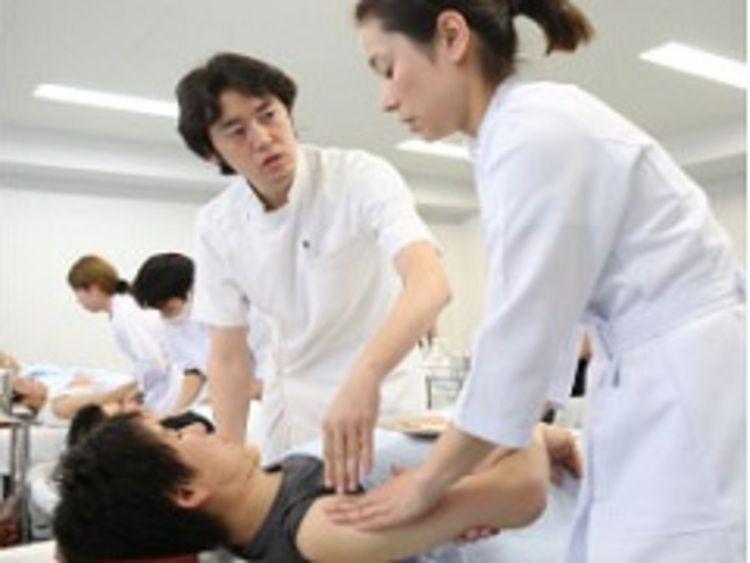 東京医療福祉専門学校画像