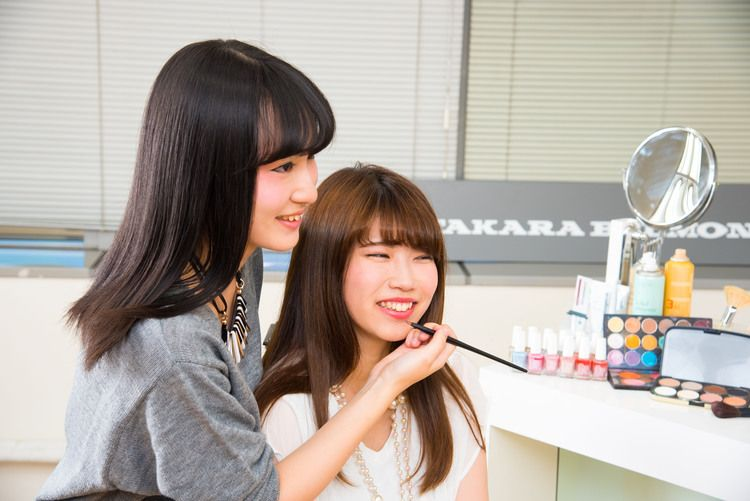 タカラ美容専門学校画像