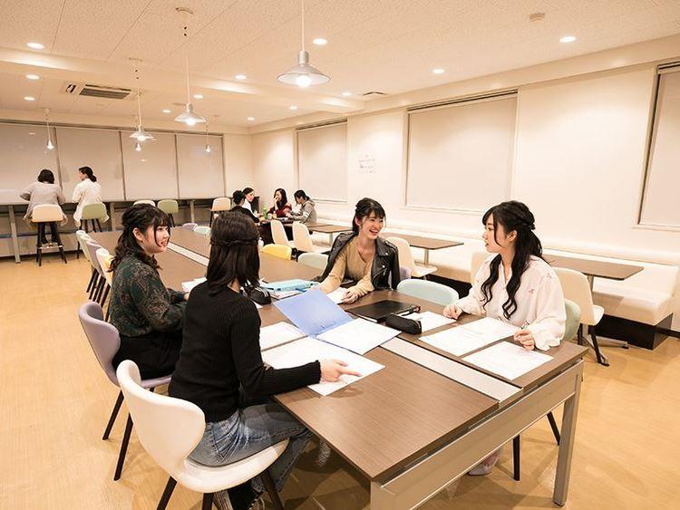 新宿医療専門学校画像