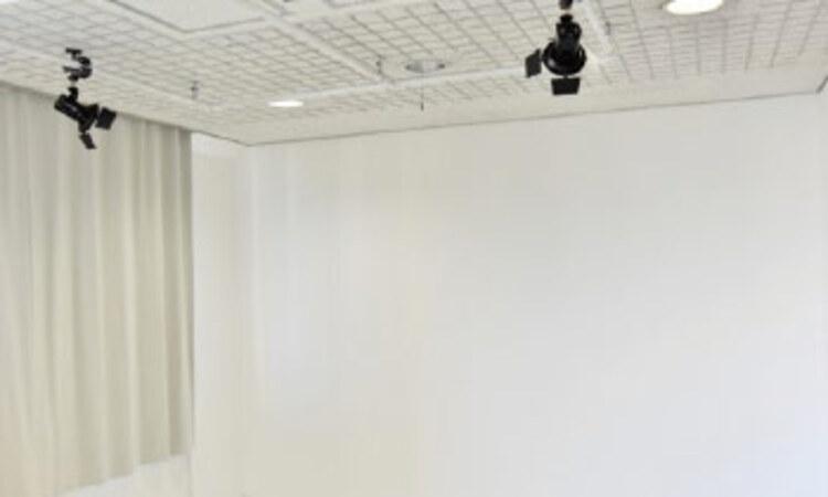 東京美容専門学校画像