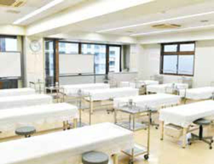 了徳寺学園医療専門学校画像