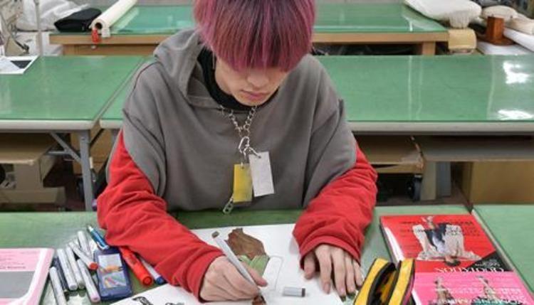 織田ファッション専門学校画像