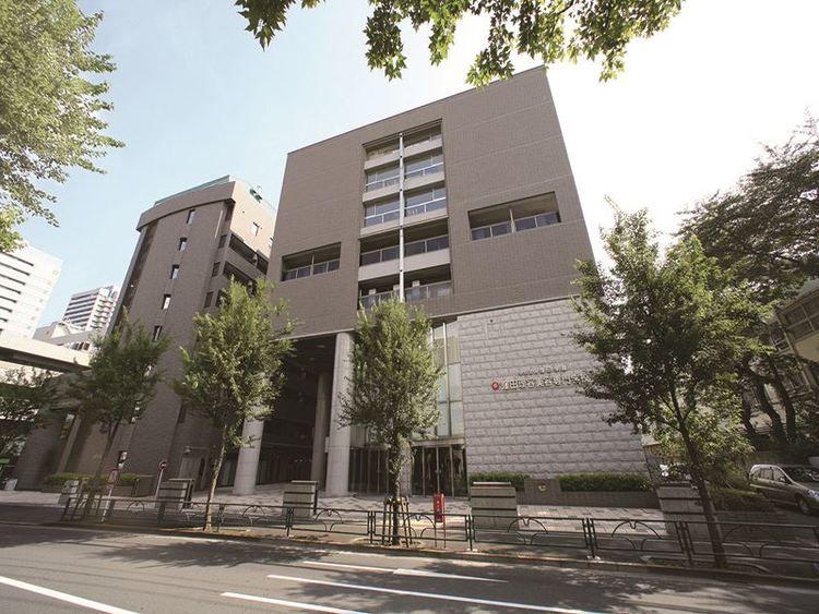 窪田理容美容専門学校画像