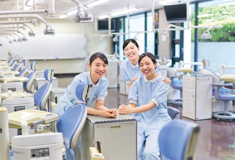 東京歯科衛生専門学校画像
