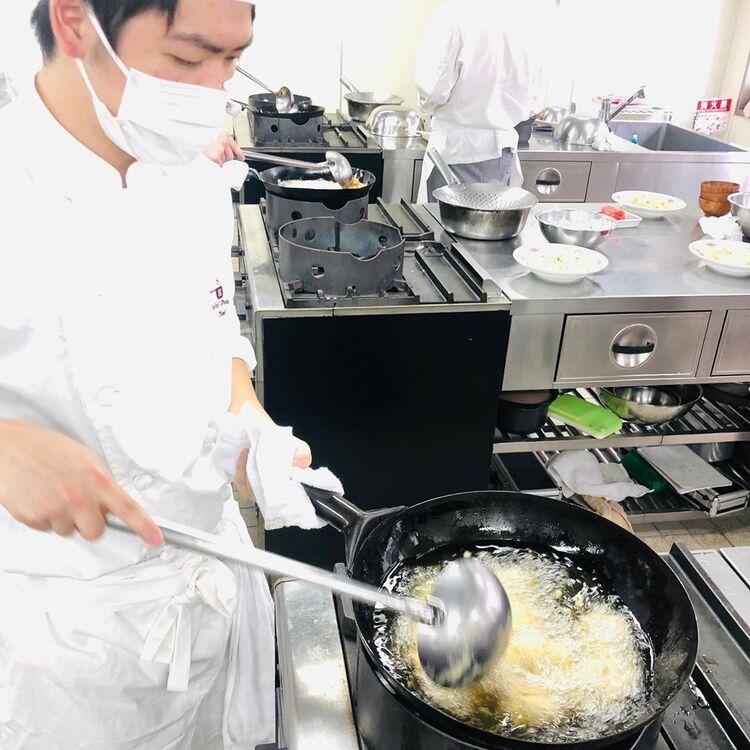 体験入学(調理の第一線で活躍している特別講師や卒業生によるスペシャルイベント)