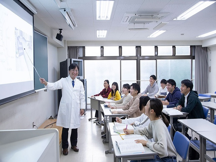 関東リハビリテーション専門学校画像