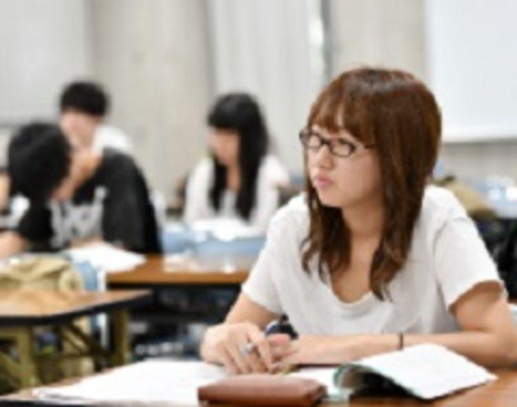 横浜ファッションデザイン専門学校画像