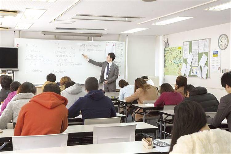 岩谷学園テクノビジネス横浜保育専門学校画像