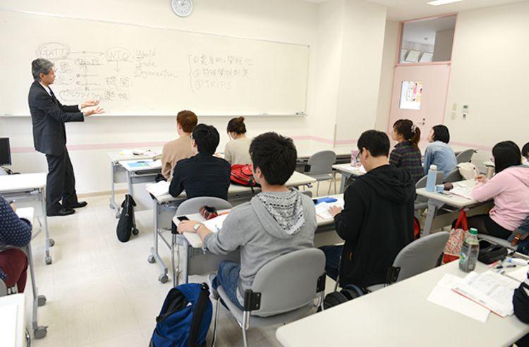 外語ビジネス専門学校画像