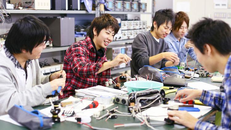 金沢科学技術大学校画像