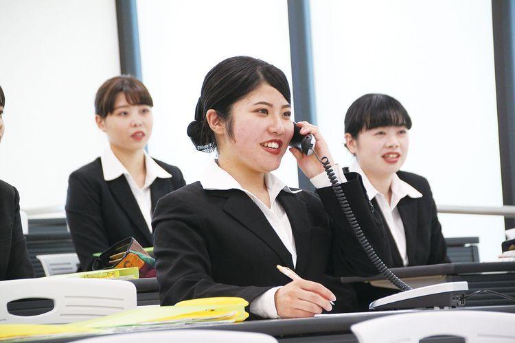 専門学校岡山ビジネスカレッジ画像