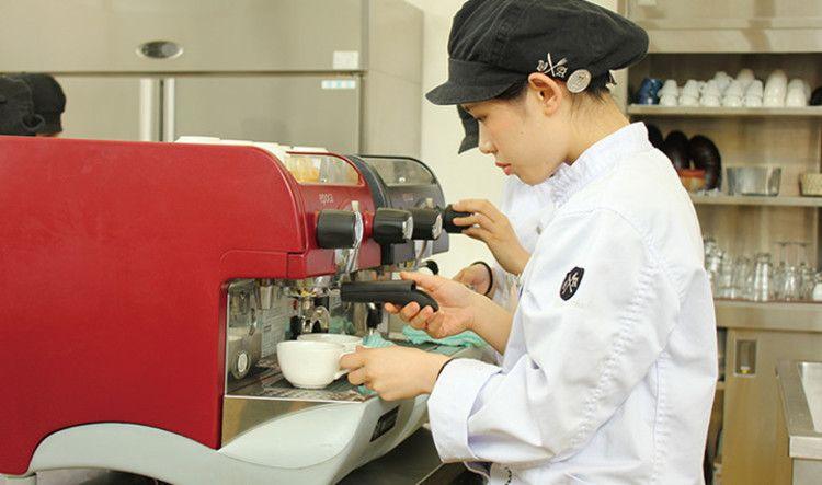 専門学校福岡ビジョナリーアーツ画像