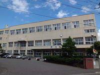 富丘小学校
