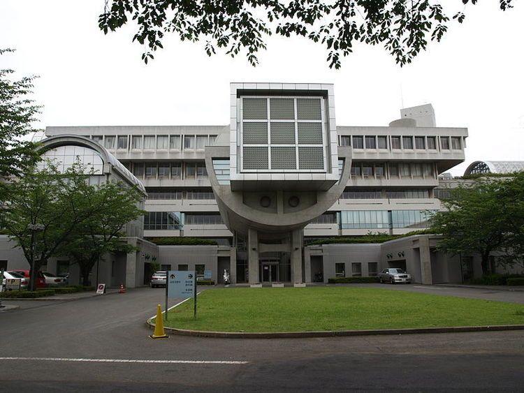 桐蔭学園高等学校画像